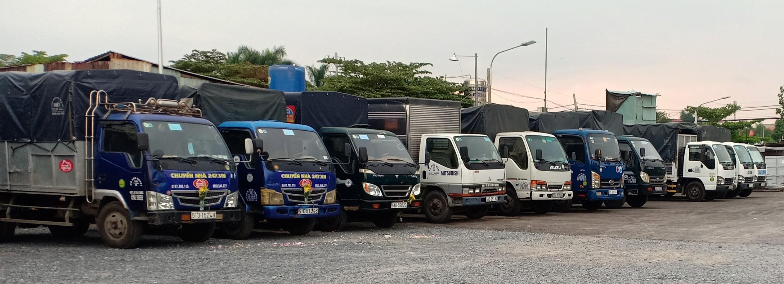 đội xe taxi tải chở hàng quận 5