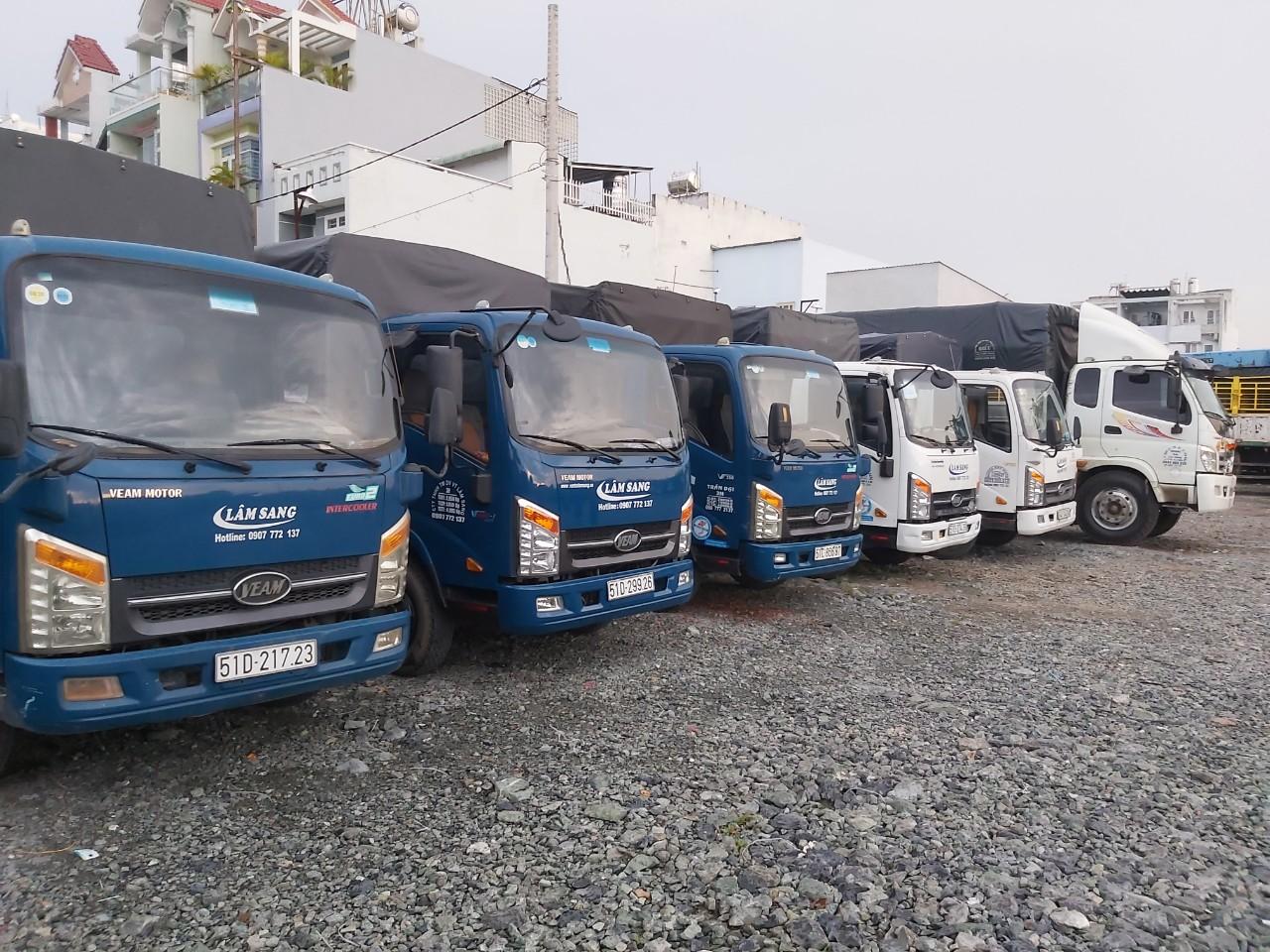 thuê xe taxi tải chở hàng quận 8
