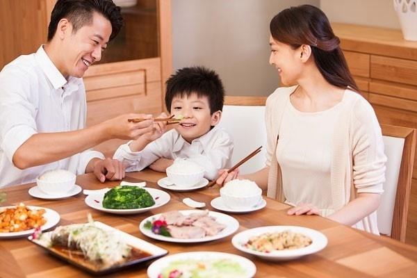Bữa Cơm Về Nhà Mới